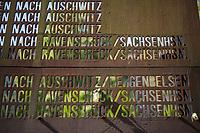 Das Mahnmal Levetzowstrasse in Berlin-Moabit. Das Mahnmal erinnert an die von hier im Nationalsozialismus deportierten Juedinnen und Juden. <br /> 28.4.2020, Berlin<br /> Copyright: Christian-Ditsch.de<br /> [NUR FUER REDAKTIONELLE ZWECKE! Werbung nur auf Anfrage beim Fotografen. Inhaltsveraendernde Manipulation des Fotos nur nach ausdruecklicher Genehmigung des Fotografen. Vereinbarungen ueber Abtretung von Persoenlichkeitsrechten/Model Release der abgebildeten Person/Personen liegen nicht vor. NO MODEL RELEASE! Don't publish without copyright Christian-Ditsch.de, Veroeffentlichung nur mit Fotografennennung, sowie gegen Honorar, MwSt. und Beleg. Konto: I N G - D i B a, IBAN DE58500105175400192269, BIC INGDDEFFXXX, Kontakt: post@christian-ditsch.de<br /> Bei der Bearbeitung der Dateiinformationen darf die Urheberkennzeichnung in den EXIF- und  IPTC-Daten nicht entfernt werden, diese sind in digitalen Medien nach §95c UrhG rechtlich geschuetzt. Der Urhebervermerk wird gemaess §13 UrhG verlangt.]