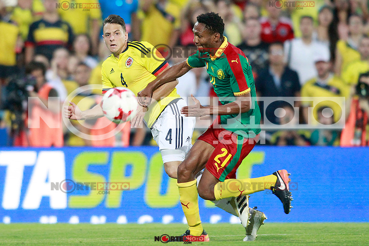 Colombia's Santiago Arias (l) and Cameroon's Lucien Owona during international friendly match. June 13,2017.(ALTERPHOTOS/Acero) (NortePhoto.com) (NortePhoto.com)