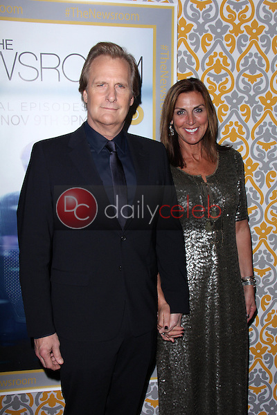 Jeff Daniels, Kathleen Treado<br /> at &quot;The Newsroom&quot; Season 3 Premiere, Directors Guild of America, Los Angeles, CA 11-04-14<br /> David Edwards/DailyCeleb.com 818-249-4998