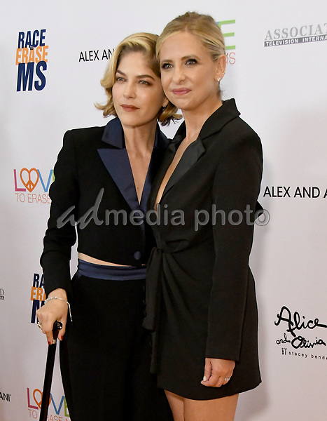 10 May 2019 - Beverly Hills, California - Selma Blair, Sarah Michelle Gellar. 26th Annual Race to Erase MS Gala held at the Beverly Hilton Hotel. Photo Credit: Birdie Thompson/AdMedia
