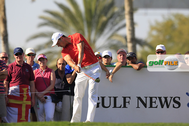 Martin Kaymer (GER) tees off the 13th tee during Pink Friday's Round 2 of the 2015 Omega Dubai Desert Classic held at the Emirates Golf Club, Dubai, UAE.: Picture Eoin Clarke, www.golffile.ie: 1/30/2015