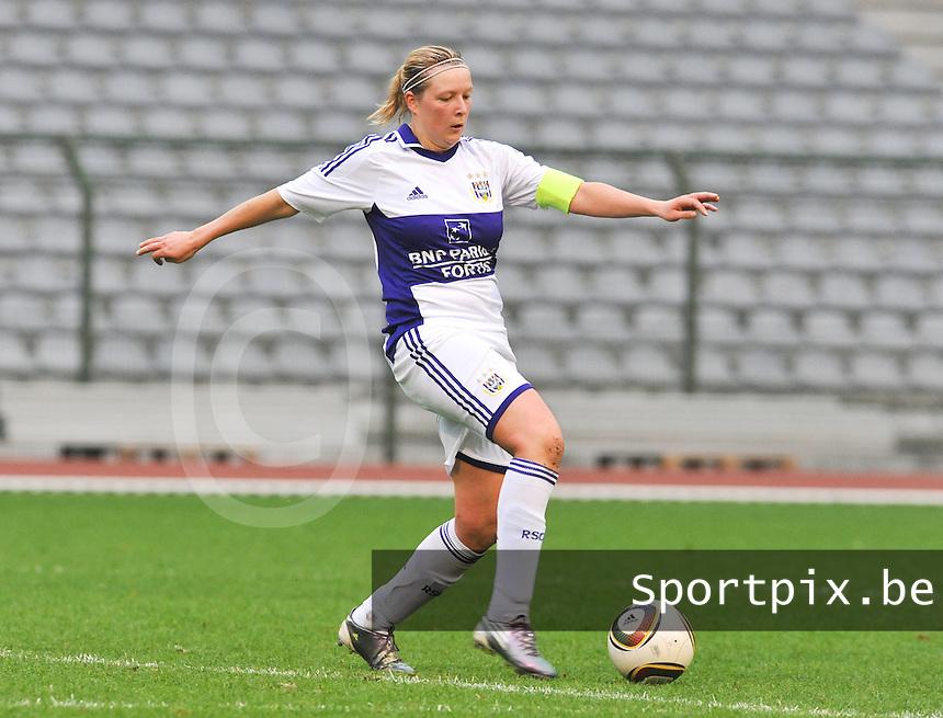 RSC Anderlecht Dames - Standard Femina de Liege : Sophie Mannaert.foto DAVID CATRY / Vrouwenteam.be
