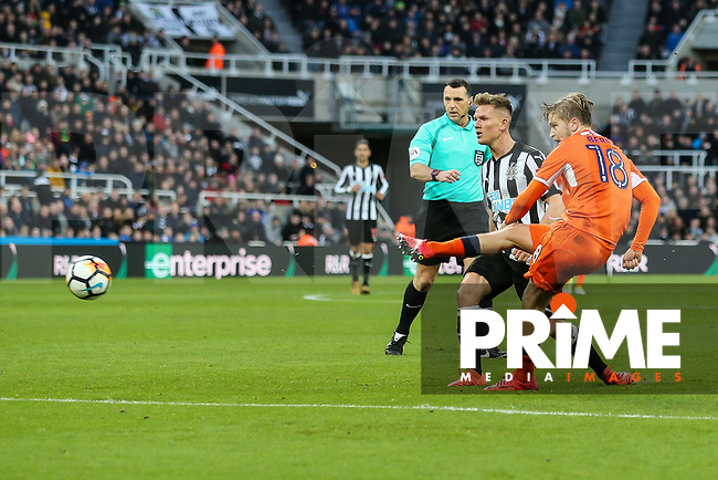 Luke Berry of Luton Town shoots during the FA Cup 3rd round match between Newcastle United and Luton Town at St. James's Park, Newcastle, England on 6 January 2018. Photo by David Horn.
