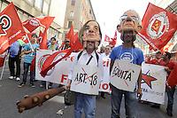 Roma 12 Maggio 2012.Manifestazione nazionale del Partito della Rifondazione Comunista, Federazione della Sinistra, contro il Governo Monti e in difesa dell'Articolo 18.Maschere di Monti e Fornero