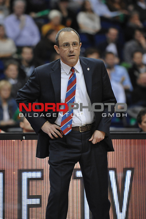 04.01.2013, O2 World, Berlin, GER, EL, Alba Berlin vs ZSKA Moskau im Bild Cheftrainer (Head Coach) Ettore Messina (ZSKA Moskau) Aktion/Action<br /> <br /> Foto &copy; nph / Schulz