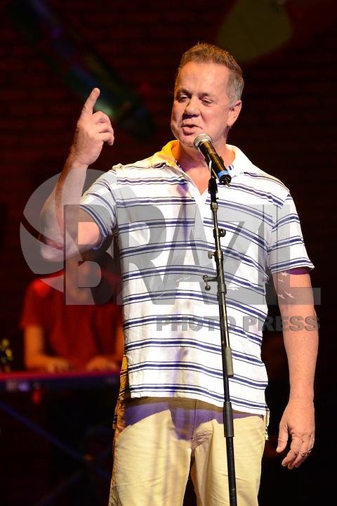 RIO DE JANEIRO-25/06/2012-Luiz Fernando Guimaraes no evento de reabertura do Teatro Ipanema, palco de grandes momentos da historia teatral carioca, em Ipanema, zona sul do Rio.Foto:Marcelo Fonseca-Brazil Photo Press