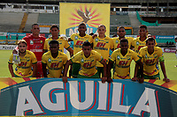 NEIVA - COLOMBIA, 31-10-2017: Jugadores del Huila posan para una foto previo al partido entre Atlético Huila y Once Caldas por la fecha 18 de la Liga Águila II 2017 jugado en el estadio Guillermo Plazas Alcid de la ciudad de Neiva. / Players of Huila pose to a photo prior the match between Atletico Huila and Once Caldas for the date 18 of the Aguila League II 2017 played at Guillermo Plazas Alcid in Neiva city. VizzorImage / Sergio Reyes / Cont