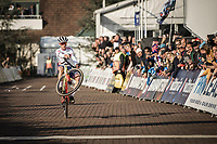 Men U23 race winner and European Champion 2018 Thomas Pidcock (GBR) celebrating with a wheelie. <br /> <br /> <br /> UEC CYCLO-CROSS EUROPEAN CHAMPIONSHIPS 2018<br /> 's-Hertogenbosch – The Netherlands<br /> Men U23 Race