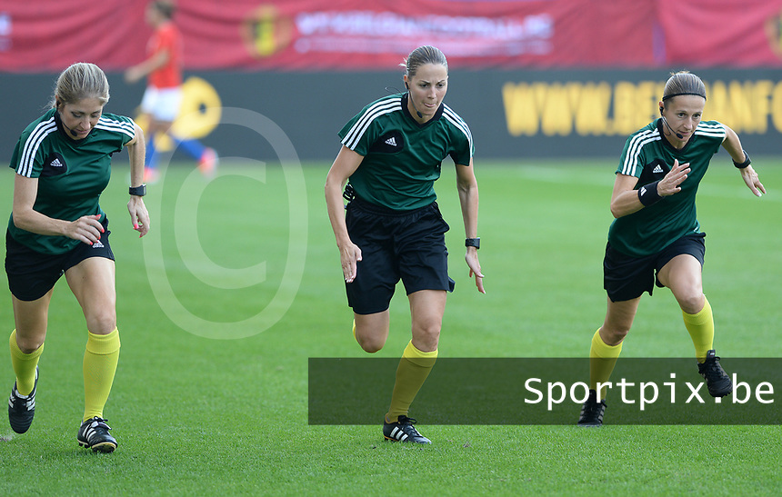20180904 - LEUVEN , BELGIUM : French referees Florence Guillemin (middle) , Manuela Nicolosi and Elodie Coppola (r) pictured during the female soccer game between the Belgian Red Flames and Italy , the 8th and last game in the qualificaton for the World Championship qualification round in group 6 for France 2019, Tuesday 4 th September 2018 at OHL Stadion Den Dreef in Leuven , Belgium. PHOTO SPORTPIX.BE   DAVID CATRY