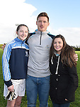 Ellen Murray and Tammy Whelan with Dublin player Paul Flynn at Newtown Blues GFC. Photo:Colin Bell/pressphotos.ie