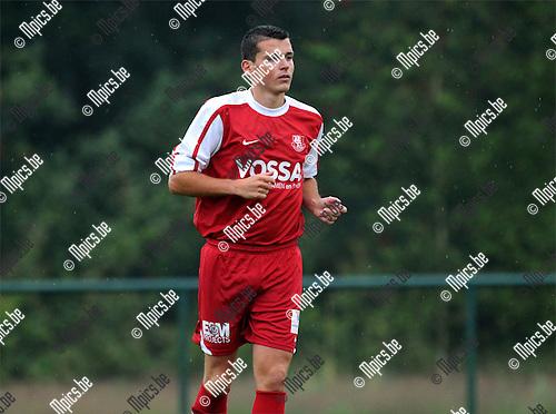 2011-07-19 / Voetbal / seizoen 2011-2012 / KV Vosselaar / Roel Hofmans..Foto: mpics
