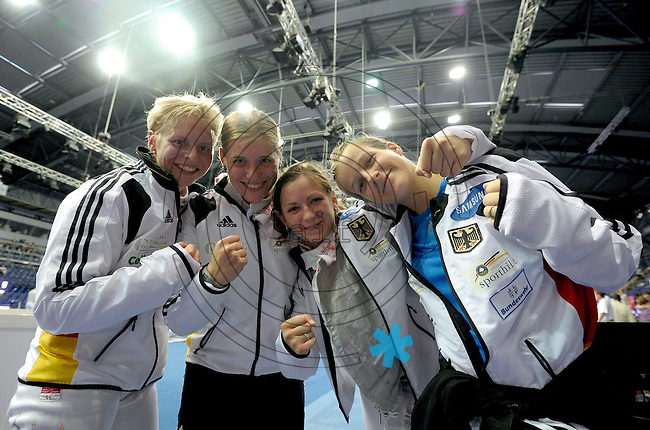 European Championships Fencing 2010 / Fecht Europameisterschaft 2010 in Leipzig - Competition Championat d'europe - im Bild: German women foil national team fights for gold - after beating Russia the team is ready for the finale - Katja Wächter, Martina Zacke, Sandra Bingenheimer, Carolin Golubitskyi  . Foto: Norman Rembarz..Norman Rembarz , Autorennummer 41043728 , Augustenstr. 2, 04317 Leipzig, Tel.: 01794887569, Hypovereinsbank: BLZ: 86020086, KN: 357889472, St.Nr.: 231/261/06432 - Jegliche kommerzielle Nutzung ist honorar- und mehrwertsteuerpflichtig! Persönlichkeitsrechte sind zu wahren. Es wird keine Haftung übernommen bei Verletzung von Rechten Dritter. Autoren-Nennung gem. §13 UrhGes. wird verlangt. Weitergabe an Dritte nur nach  vorheriger Absprache..