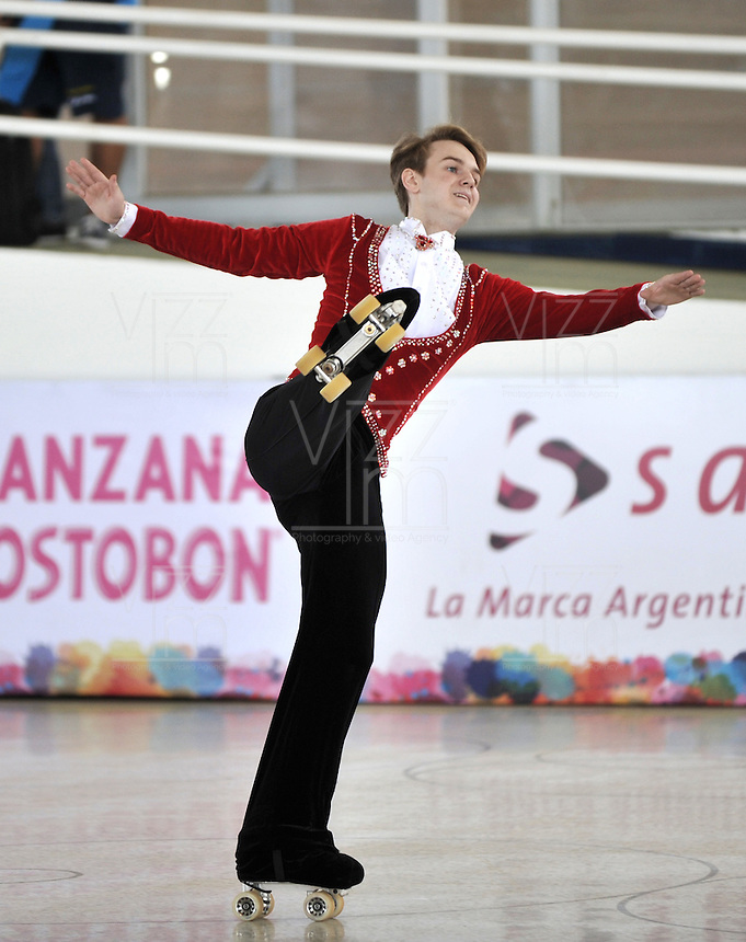 CALI - COLOMBIA - 19 - 09 - 2015: David Rist, deportista de Estados Unidos, durante la prueba de Solo Danza Obligatorias Juvenil Varones, en el LX Campeonato Mundial de Patinaje Artistico, en el Velodromo Alcides Nieto Patiño de la ciudad de Cali. / David Rist, sportman of United States, during the Compulsory Solo Dance Junior Men test, in the LX World Championships  Figure Skating, at the Alcides Nieto Patiño Velodrome in Cali City. Photo: VizzorImage / Luis Ramirez / Staff.