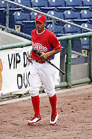 July 10, 2009:  Infielder Cesar Hernandez (7) of the GCL Phillies during a game at Bright House Networks Field in Clearwater, FL.  The GCL Phillies are the Gulf Coast Rookie League affiliate of the Philadelphia Phillies.  Photo By Mike Janes/Four Seam Images