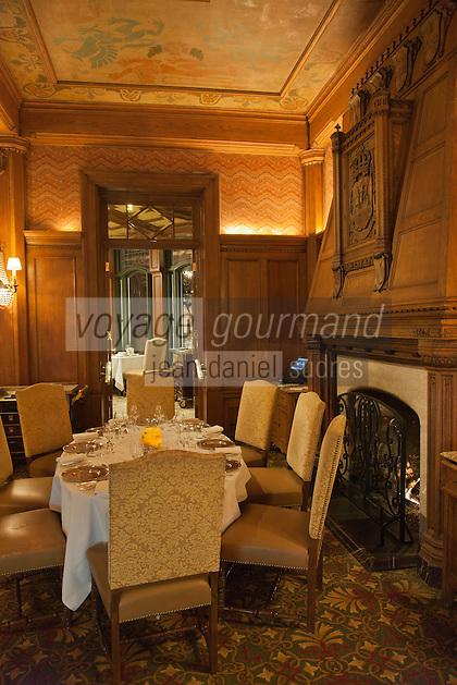 Amérique/Amérique du Nord/Canada/Québec/ Québec: Salon de la Salle à manger du Restaurant Le Champlain à l' hôtel: Château Frontenac