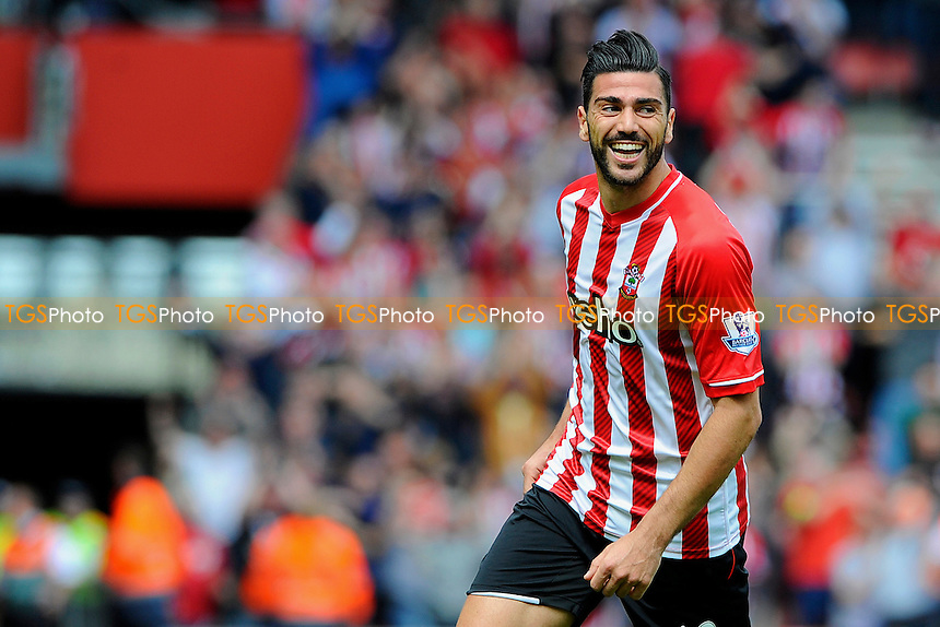 Graziano Pelle of Southampton celebrates his second goal - Southampton vs Tottenham Hotspur - Barclays Premier League Football at St Mary's Stadium, Southampton, Hampshire - 25/04/15 - MANDATORY CREDIT: Denis Murphy/TGSPHOTO - Self billing applies where appropriate - contact@tgsphoto.co.uk - NO UNPAID USE