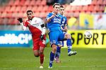Nederland, Utrecht, 2 december  2012.Eredivisie.Seizoen 2012-2013.FC Utrecht-AZ.Viktor Elm van AZ in duel om de bal met Anouar Kali van FC Utrecht