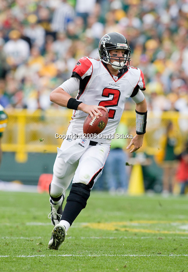 GREEN BAY, WI - OCTOBER 5: Quarterback Matt Ryan #2 of the Atlanta Falcons scrambles for yardage against the Green Bay Packers at Lambeau Field on October 5, 2008 in Green Bay, Wisconsin. The Falcons beat the Packers 27-24. (Photo by David Stluka)