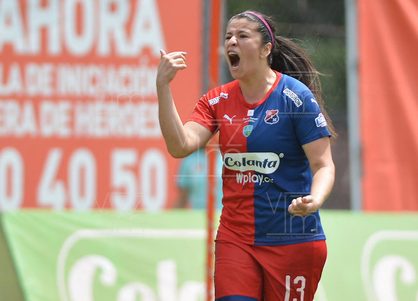 MEDELLIN - COLOMBIA, 15-09-2019: Laura Aguirre del Medellín celebra después de anotar el tercer gol de su equipo al Huila durante partido por la semifinal vuelta entre Deportivo Independiente Medellín y Atlético Huila como parte de la Liga Femenina Águila 2019 jugado en el estadio Polideportivo Sur de la ciudad de Medellín. / Laura Aguirre of Medellin celebrates after scoring the third goal of his team to Huila during Match for the second leg semifinal between Deportivo Independiente Medellin and Atletico Huila as part Aguila Women League 2019 played at Polideportivo Sur stadium in Medellin city. Photo: VizzorImage / Leon Monsalve / Cont