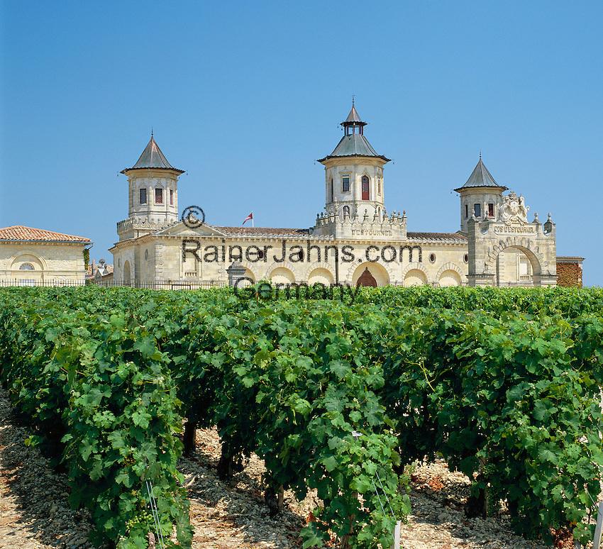 France, Aquitaine, near Bordeaux: Chateau Cos D'estournell   Frankreich, Aquitanien, bei Bordeaux: Chateau Cos D'estourne