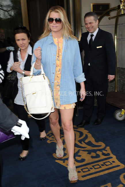 WWW.ACEPIXS.COM . . . . . ....April 13 2010, New York City....Actress Jessica Simpson leaves her midtown hotel on April 13 2010 in New York City....Please byline: KRISTIN CALLAHAN - ACEPIXS.COM.. . . . . . ..Ace Pictures, Inc:  ..(212) 243-8787 or (646) 679 0430..e-mail: picturedesk@acepixs.com..web: http://www.acepixs.com