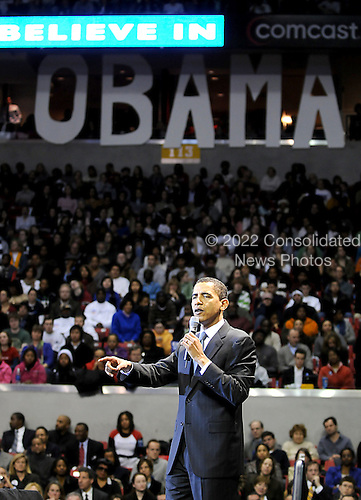 College Park, MD - February 11, 2008 -- United States Senator Barak Obama (Democrat of Illinois), a candidate for the 2008 Democratic nomination for President of the United States, holds a rally at the Comcast Center at the University of Maryland with supporters in College Park, Maryland on Monday, February 11, 2008..Credit: Ron Sachs / CNP