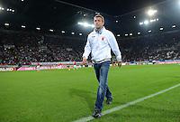 FUSSBALL   1. BUNDESLIGA  SAISON 2012/2013   5. Spieltag FC Augsburg - Bayer 04 Leverkusen           26.09.2012 Trainer Markus Weinzierl (FC Augsburg) in der SGL Arena