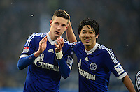 FUSSBALL   1. BUNDESLIGA   SAISON 2012/2013    25. SPIELTAG FC Schalke 04 - Borussia Dortmund                         09.03.2013 Julian Draxler (li) und Atsuto Uchida (v.l., alle FC Schalke 04) freuen sich nach dem Abpfiff