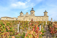 France, Gironde, Medoc, Saint Estephe, Chateau Cos d'Estournel seen from the vineyards // France, Gironde (33), Médoc, Saint-Estèphe, Château Cos d'Estournel vu des vignes