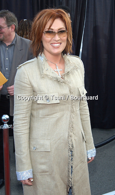 Jo Dee Messina arrives at the 30th Annual AMAs held at the Shrine Auditorium in Los Angeles, CA, January 13, 2003.           -            MessinaJoDee01B.jpg