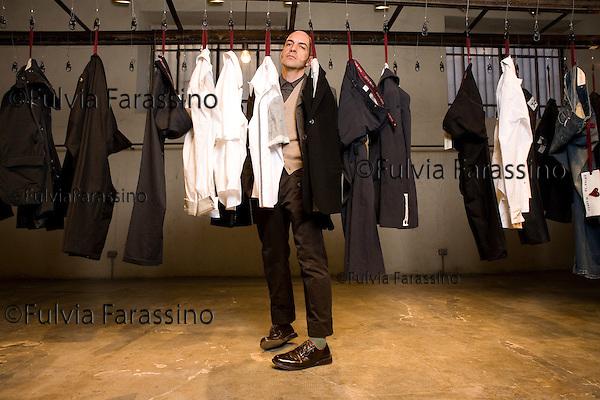 Milano 20/12/2007.Antonio Marras.Antonio Marras at work in his showroom