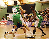 Lindsay Tait is blocked by Ben Valentine during the NBL Round 14 match between the Manawatu Jets  and Wellington Saints. Arena Manawatu, Palmerston North, New Zealand on Saturday 31 May 2008. Photo: Dave Lintott / lintottphoto.co.nz