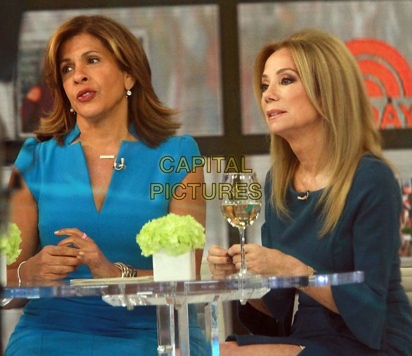 NEW YORK, NY April 02, 2018:   Hoda Kotb, Kathie Lee host last hour of  Today Show  in New York. April 02, 2018 <br /> CAP/MPI/RW<br /> &copy;RW/MPI/Capital Pictures
