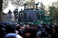 """Nazi Aufmarsch / Demo in Leipzig Ost - Leipziger verhindert den Zug durch die Stadt mit Blockade am S-Bahnhof Sellerhausen - unter dem Motto """"Leipzig nimmt Platz"""" nahmen Hunderte Leipziger an der bunten Gegenveranstaltung teil - sie schafften es den Start des Aufmarsches solange zu verhindern bis die Polizei die Kundgebung für beendet erklärte - in diesem Moment (ca. 16:40) eskalierte die Situation auf Seiten der Sympathiesanten der rechten Szene - Steine und Flaschen flogen - die Polizei bekam die Situation rasch wieder unter Kontrolle - im Bild: rechte Demonstranten vor Wasserwerfer. Foto: Norman Rembarz..Norman Rembarz , ASV-Autorennummer 41043728 , Holbeinstr. 14, 04229 Leipzig, Tel.: 01794887569, Hypovereinsbank: BLZ: 86020086, KN: 357889472, St.Nr.: 231/261/06432 - Jegliche kommerzielle Nutzung ist honorar- und mehrwertsteuerpflichtig! Persönlichkeitsrechte sind zu wahren. Es wird keine Haftung übernommen bei Verletzung von Rechten Dritter. Autoren-Nennung gem. §13 UrhGes. wird verlangt. Weitergabe an Dritte nur nach  vorheriger Absprache.."""