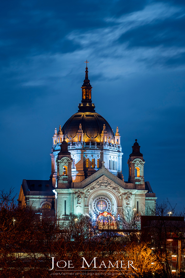 The Cathedral of Saint Paul illuminated for the Red Bull Crashed Iced 2018 event.
