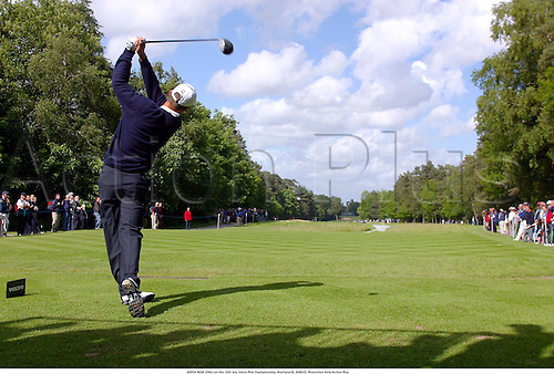 JUSTIN ROSE (ENG) on the 15th tee, Volvo PGA Championship, Wentworth, 020523. Photo:Glyn Kirk/Action Plus......2002..golf golfers golfer..ball sports ..rear..backshot..behind