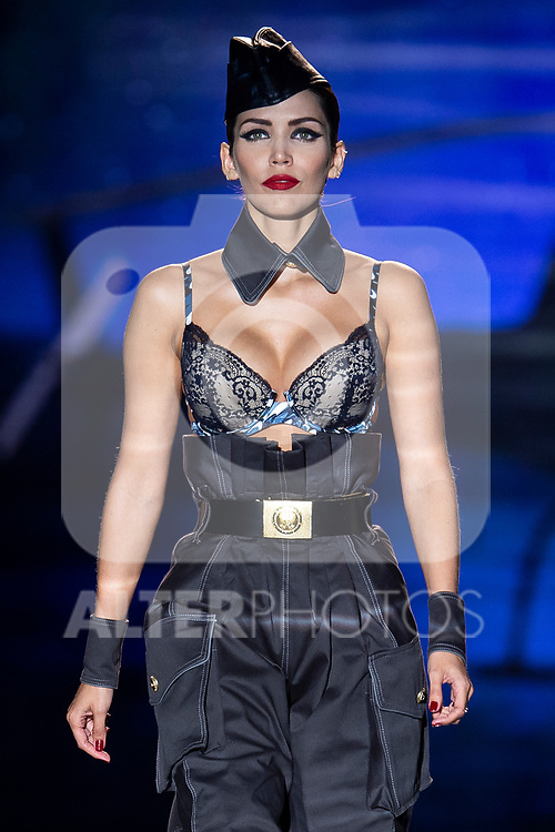 Model Rosanna Zanetti walks the runway at the 'Andres Sarda' catwalk during the Mercedes-Benz Madrid Fashion Week Spring/Summer in Madrid, Spain. July 09, 2018.(ALTERPHOTOS/Borja B.Hojas)