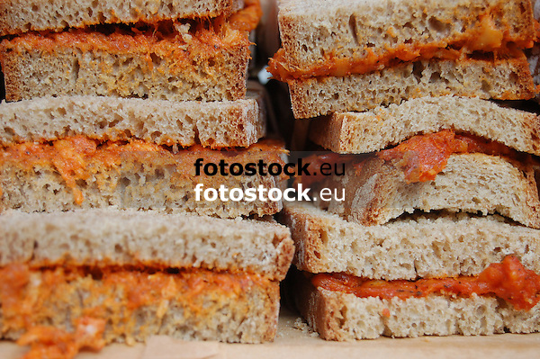 Bread with Sobrasada, typical sausage from Majorca<br /> <br /> Pan con Sobrasada, salchichas típicas de Mallorca<br /> <br /> Brote mit Sobrasada, typische Würste aus Mallorca<br /> <br /> 3008 x 2000 px<br /> 150 dpi: 50,94 x 33,87 cm<br /> 300 dpi: 25,47 x 16,93 cm