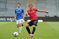 Edgar Prib (Hannover 96) gegen Matthias Bader (SV Darmstadt 98)<br /> <br /> - 14.06.2020: Fussball 2. Bundesliga, Saison 19/20, Spieltag 31, SV Darmstadt 98 - Hannover 96, emonline, emspor, <br /> <br /> Foto: Marc Schueler/Sportpics.de<br /> Nur für journalistische Zwecke. Only for editorial use. (DFL/DFB REGULATIONS PROHIBIT ANY USE OF PHOTOGRAPHS as IMAGE SEQUENCES and/or QUASI-VIDEO)