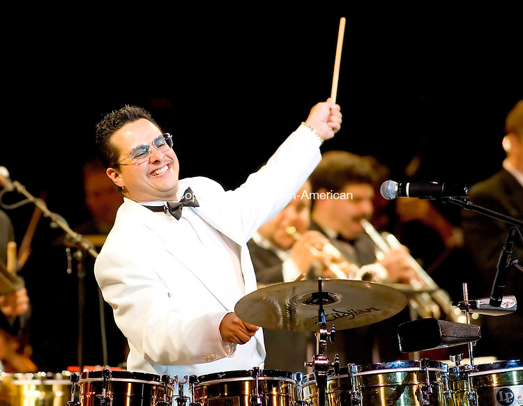 WATERBURY, CT- 19 OCT 2007- 101907JT05- <br /> Tito Puente, Jr. performs at the Palace Theater in Waterbury on Friday.<br /> Josalee Thrift / Republican-American