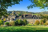 France, Correze, Aubazine, Aubazine Abbey // France, Corrèze (19), Aubazine, l'abbaye vue depuis le sentier longeant le canal des Moines