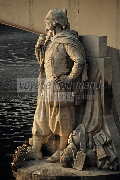 Europe/France/Ile-de-France/75005/Paris: Zouave du Pont de l'Alma