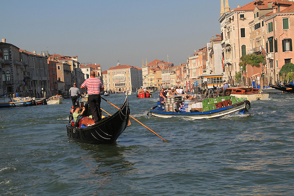 Gondola in Venice, Italy, Europe. .  John offers private photo tours in Denver, Boulder and throughout Colorado, USA.  Year-round. .  John offers private photo tours in Denver, Boulder and throughout Colorado. Year-round.
