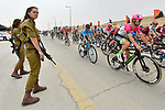 Tight security as the peleton pass by during Stage 3 of the 101st edition of the Giro d'Italia 2018 running 229km flat stage from Be'er Sheva to Eilat is the last in Israel. 6th May 2018.<br /> Picture: LaPresse/Fabio Ferrari | Cyclefile<br /> <br /> <br /> All photos usage must carry mandatory copyright credit (&copy; Cyclefile | LaPresse/Fabio Ferrari)