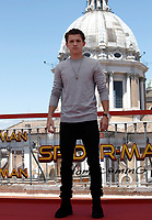 "L'attore britannico Tom Holland posa durante un photocall per la presentazione del film ""Spider-Man: Homecoming"" a Roma, 20 giugno 2017. <br /> British actor Tom Holland poses during a photocall for the presentation of the movie ""Spider-Man: Homecoming"" in Rome, June 20, 2017.<br /> UPDATE IMAGES PRESS/Isabella Bonotto"