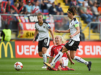 20170803 - BREDA , NETHERLANDS : Danish Pernille Harder (M) with  Austrian Nicole Billa (L) and Viktoria Schnaderbeck (R) pictured during the female soccer game between Denmark and Austria  , the semi final at the Women's Euro 2017 , European Championship in The Netherlands 2017 , Thursday 3th of August 2017 at Stadion Rat Verlegh in Breda , The Netherlands PHOTO SPORTPIX.BE | DIRK VUYLSTEKE
