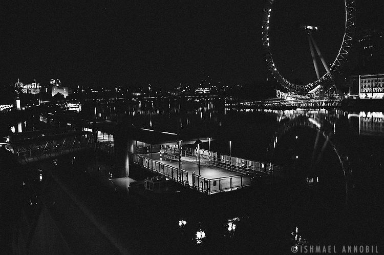 THAMES JETTY AND LONDON EYE