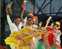 BARRANQUILLA-COLOMBIA- 11-02-2017: Danza Talento Sucreño participante en La Fiesta de Danzas y Cumbias del Carnaval de Barranquilla 2016 invita a todos los colombianos a contagiarse del Jolgorio general encabezado por su reina Marcela Garcia Caballero. Este desorden organizado dará la oportunidad de apreciar a propios y extraños el desfile de danzas, disfraces y hacedores del carnaval que la convierten en una de las festividades más importantes del país y que se lleva a cabo hasta el 9 de febrero de 2016. / Danza Danza Talento Sucreño paticipant of The party of Dances and Cumbias of Carnaval de Barranquilla 2016 invites all Colombians to catch the general reverly led by their Queen Marcela Garcia Caballero. This organized disorder gives the oportunity to appreciate, by friends and strangers, the parade of dancers, customes and carnival makers that make it one of the most important festivals of the country and take place until February 9, 2016.  Photo: VizzorImage / Alfonso Cervantes / Cont