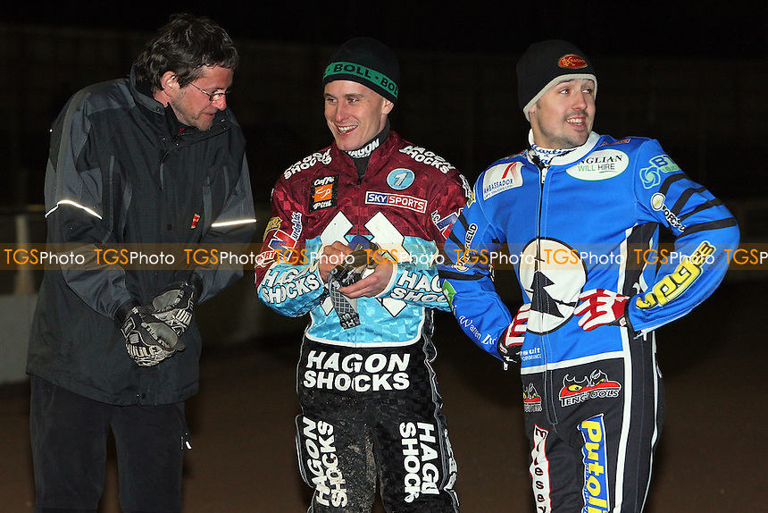 Danny King (R) of Ipswich and Lee Richardson (C) of Lakeside - Ipswich Witches vs Lakeside Hammers - Speedway Challenge Match First Leg at Foxhall Stadium, Ipswich, Suffolk - 19/03/09 - MANDATORY CREDIT: Gavin Ellis/TGSPHOTO - Self billing applies where appropriate - 0845 094 6026 - contact@tgsphoto.co.uk - NO UNPAID USE.