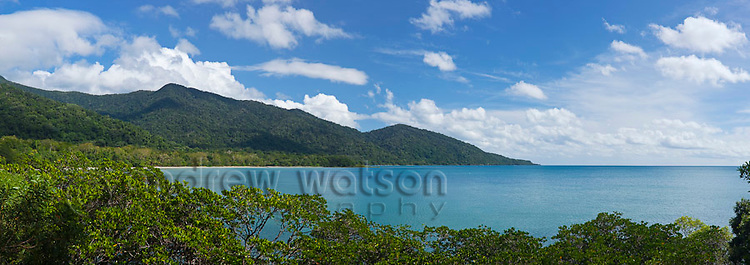 View from Cape Tribulation lookout.  Daintree National Park, Queensland, Australia
